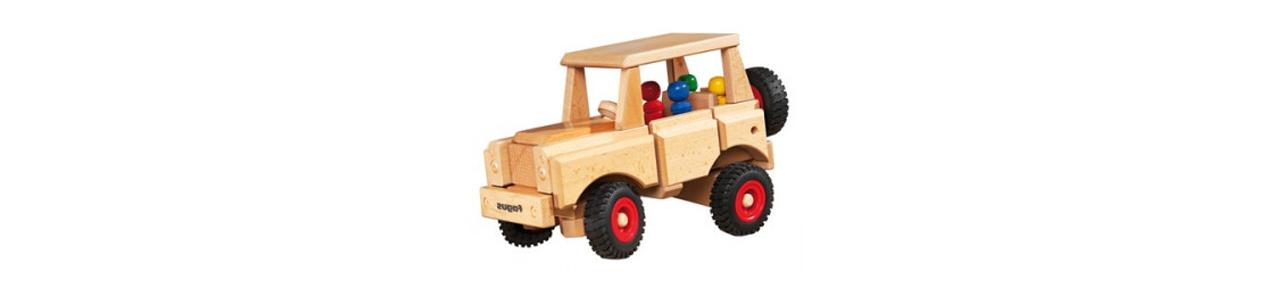 Houten speelgoed auto's vind je bij Kleine Reus!